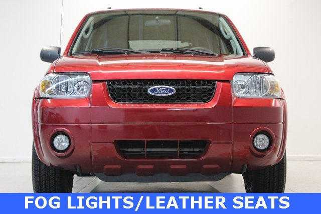 Pre-Owned 2007 Ford Escape Hybrid